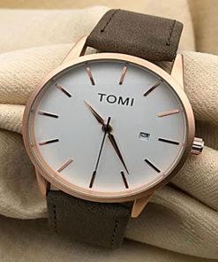 Reloj Simple con Correa Tomi color Dorado